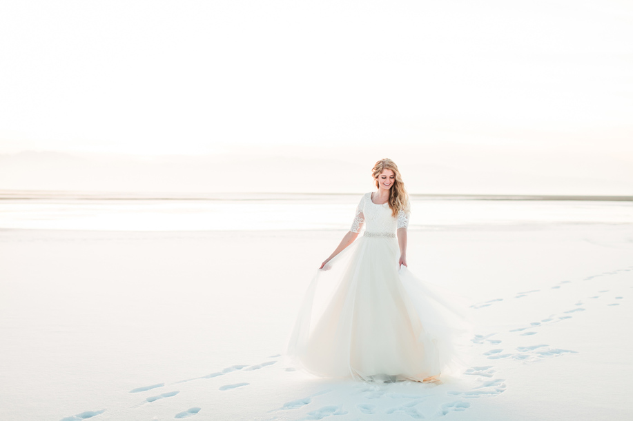 Winter bridals Great Salt Lake, utah best wedding photographers, utah bridals locations, utah wedding photographers, dallas wedding photographers