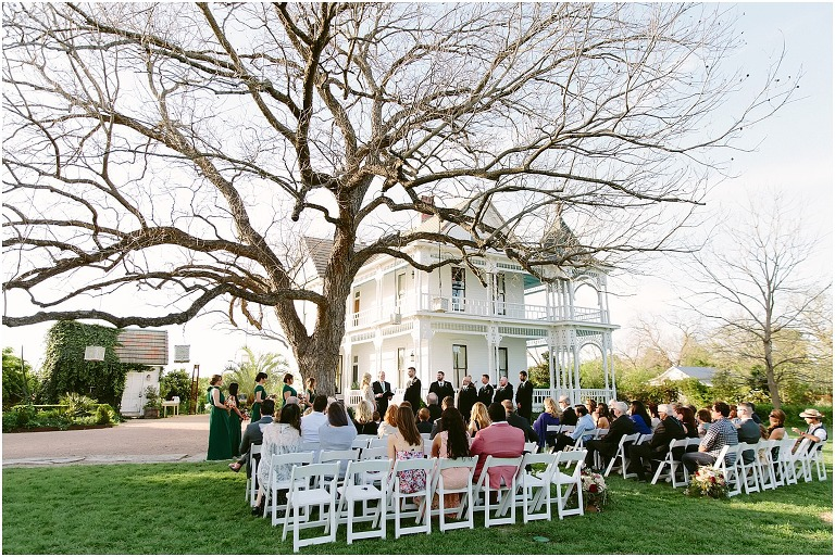 Brides of Austin, Best photographers in Austin, Anastasia Strate photography, Barr mansion photos, wedding photographer in austin, find wedding photographer in austin, austin photographers pricing